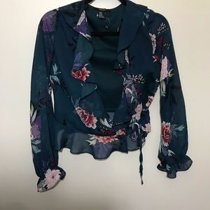 F21 floral plunging neck line crop top
